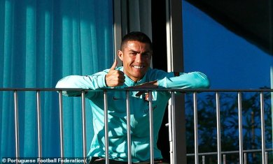 Cristiano Ronaldo in high spirits despite positive Covid test