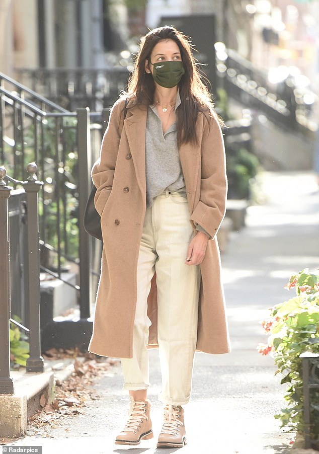 Polished for fall:Katie Holmes made quite the fashion statement while walking in New York City on Thursday