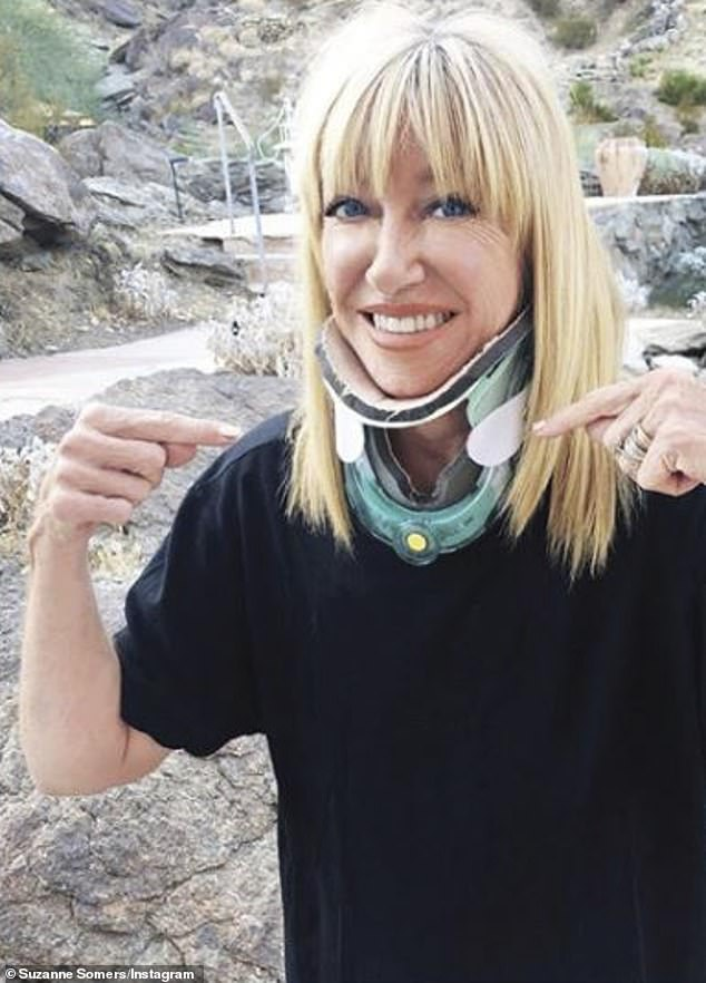 The brace:Suzanne Somers posted an alarming photo on Friday. The blonde beauty was seen in a medical neck brace that went from her chest to her chin. It was only 10 days ago that she revealed she had fallen down a flight of stairs forcing her to have surgery