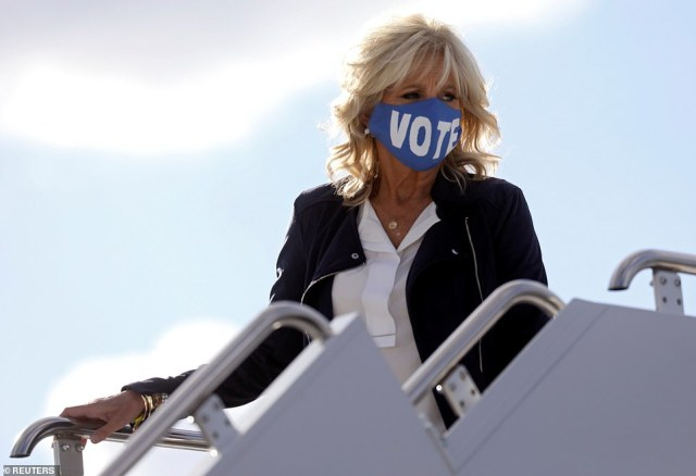 Jill Biden arrives in Nashville, Tennessee wearing a 'VOTE' facemask, similar to one sported by President Barack Obama in Philadelphia on Wednesday