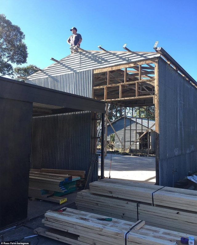Work was undertaken on the barn by both family and friends, as well as professionals (pictured during construction) and features of the old historic barn have been incorporated into the modern structure