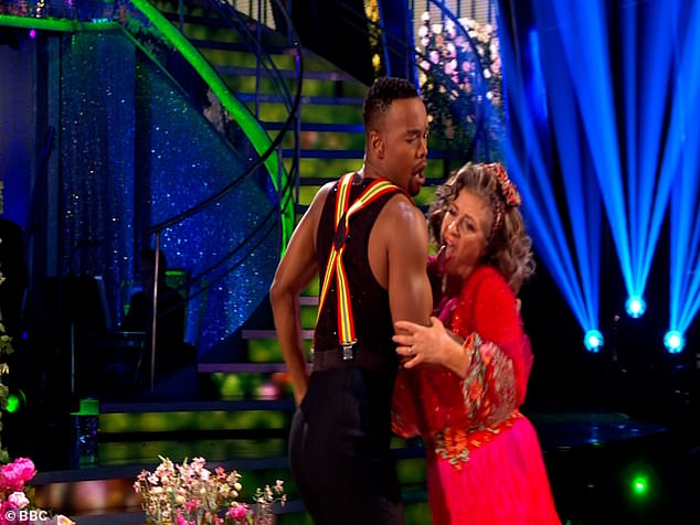 Ooh I say!Strictly Come Dancing's Caroline Quentin caused quite a stir on Saturday night as she appeared to lick pro partner Johannes Radebe's arm