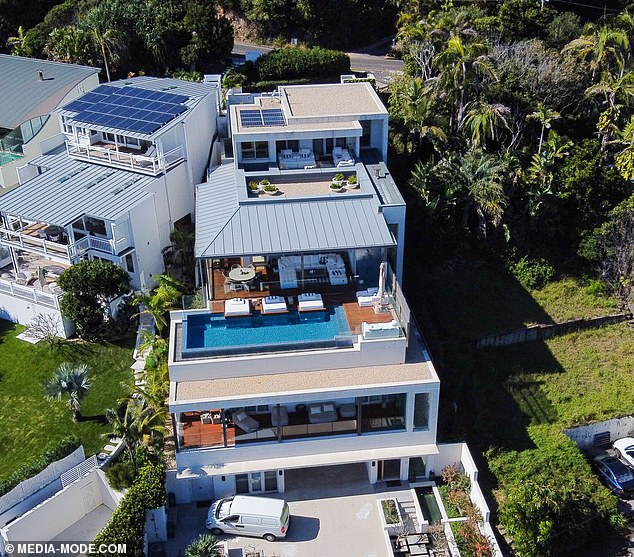 Lavish living:Staying close to the action, Melissa seems to be living in a grand, multi-level home just a stone's throw away from one of Australia's most beautiful beaches