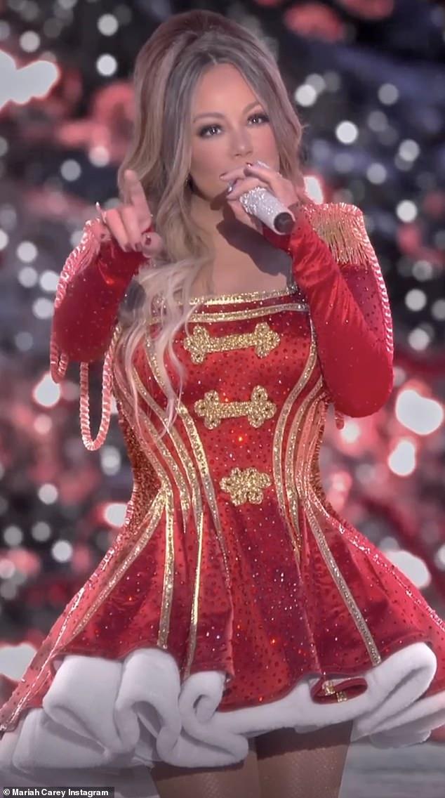 Espíritu navideño: anunció el especial de Navidad mágica de Mariah Carey la semana pasada, el 4 de diciembre en Apple TV +.