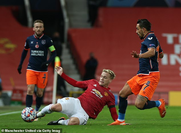 The Dutchman, usually played as a No 10, starred in a deeper midfield pairing alongside Fred