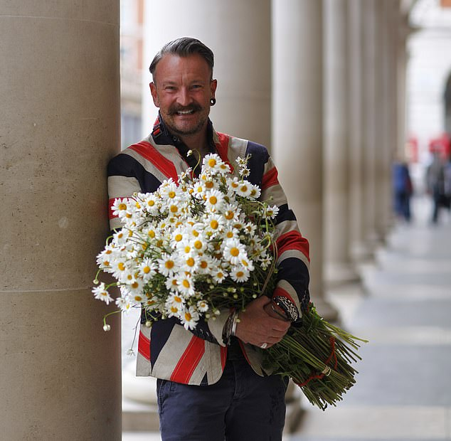 The florist called the government 'so short-sighted because the industry generates masses of tax revenue' for not offering better support during the pandemic