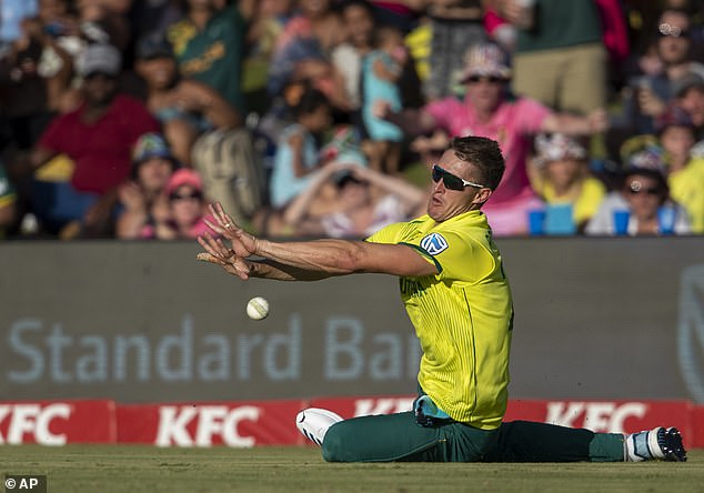 Dwaine Pretorius has been left out ofSouth Africa's bubble due to aa hamstring injury