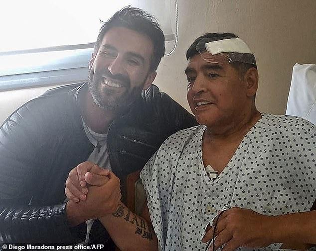 Maradonas Tod ereignete sich nur drei Wochen nach einer Operation an einem Blutgerinnsel in seinem Gehirn (Bild) und weniger als einen Monat nach seinem 60. Lebensjahr