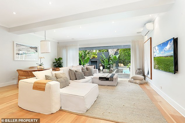 Luxury home: It appears Jesinta's photo on Thursday was taken in the $4million four-bedroom, three-bathroom property she and Buddy, 33, sold in Sydney's Rose Bay in early November (pictured)