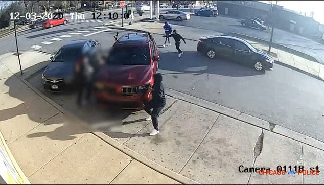 Last week, Chicago police released a video of the shooting of retired CFD Lieutenant Dwain Williams, 65, in an attempt to catch the four suspects involved in the shooting