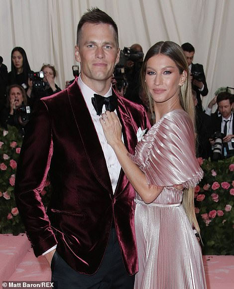 Tom Brady and Gisele Bündchen purchase exclusive Florida mansion for more than M