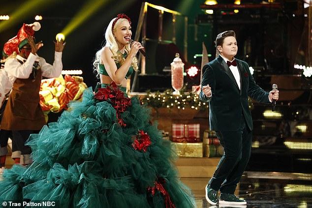 Gwen Stefani rocks a festive Christmas tree dress singing You Make Me Feel Like Christmas