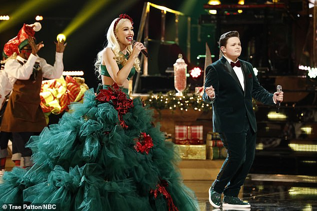 Duet:Gwen Stefani was certainly in the Christmas spirit on the Season 19 finale of The Voice on Tuesday night, rocking some very festive attire.