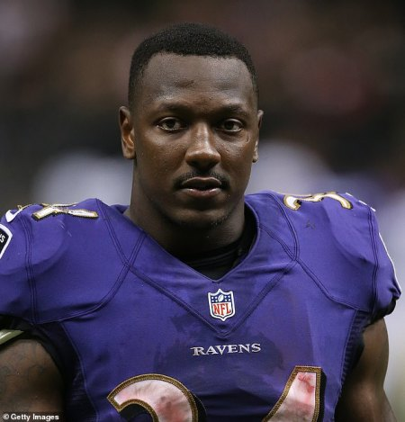 Former Baltimore Ravens Running Back Lorenzo Taliaferro Dies From a Heart Attack Aged 28