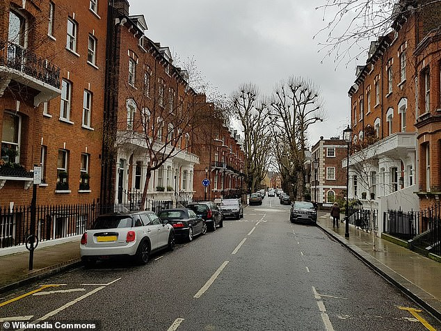 The second most expensive is Tite Street in Chelsea, with an average house price of £ 28,902,000