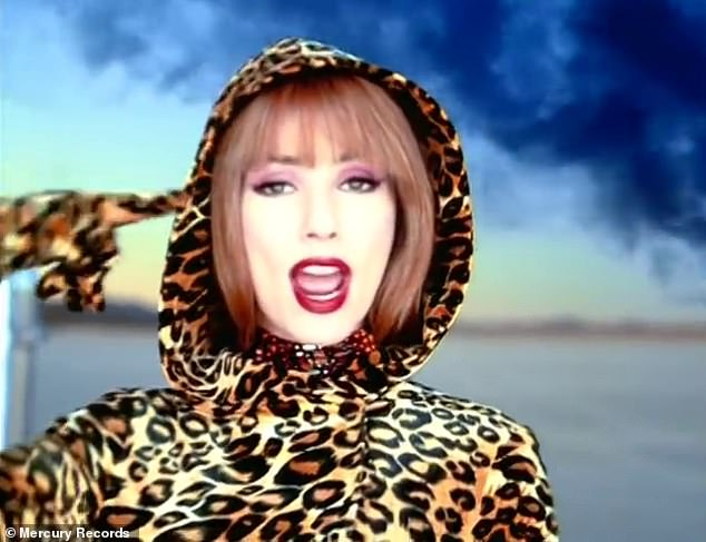 A dig? Due to the song's entire premise revolving around 'self-absorbed suitors,' many fans and listeners assumed the line was meant to be a dig at Pitt; Shania pictured in the That Don't Impress Me Much music video