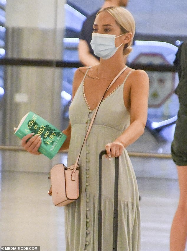 On the move:Married At First Sight'sJessika Power flew from Queensland to Perth on Monday, ahead of her festive celebrations. Pictured arriving atPerth Airport