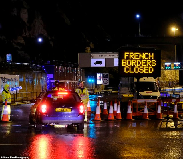 French borders were closed yesterday morning after a 48 hour travel ban came into force at 11pm last night as a mutant strain of the covid virus spreads across south east England