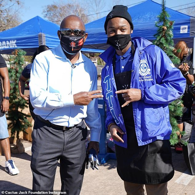 Local coordination:Travis' giveaway was put on by his foundation with the participation of Houston Mayor Sylvester Turner, who posed in one of the foundation's photos