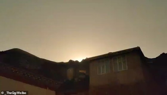 Various clips on Chinese social networks show the suspected meteor illuminating the sky