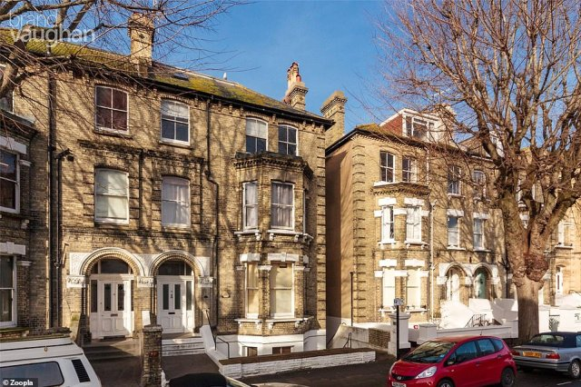 Hove: Homes in coastal locations have shot up in price, with this three bed flat in Hove on the market for£525,000