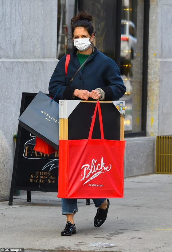Spreading holiday cheer: Katie has been doing a lot of holiday shopping in recent days, and in the photo she was taking a lot of goodies for friends