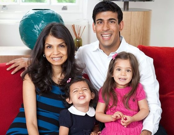 Mr. Sunak with his wife Akshat and their children.  The family lives in a magnificent Georgian manor house (downstairs) in the small village of Kirby Sigston, right next to Northallerton in North Yorkshire.