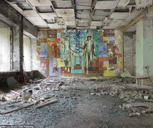 The Post Office, Pripyat: The mural illustrates the evolution of communication, from stone tablets and scrolls, to mail trains and finally a Soviet cosmonaut
