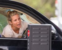 Elsa Pataky hits up a McDonald's Drive-Thru with her young children