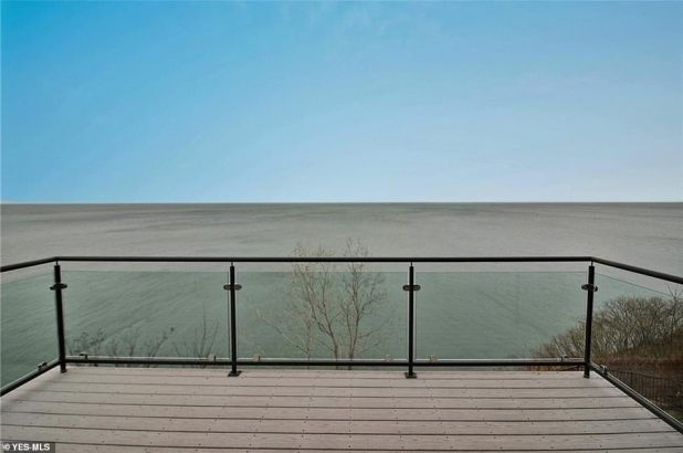 Scenic: This house is set in a grand community and offers spectacular coastline views.