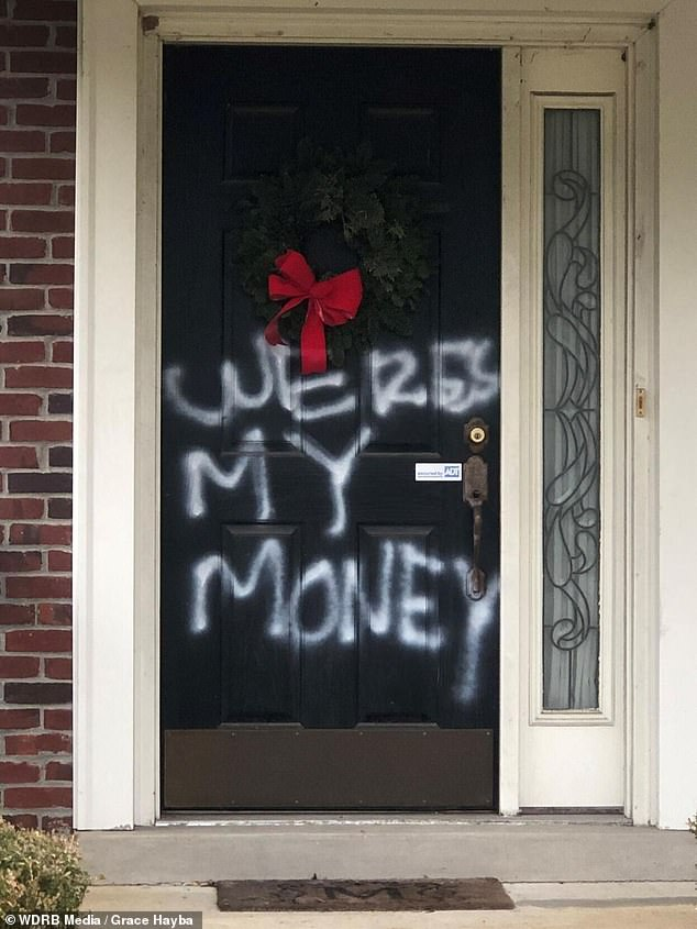 Mitch McConnell's Kentucky home vandalized with 'WERES MY MONEY' spray painted on door