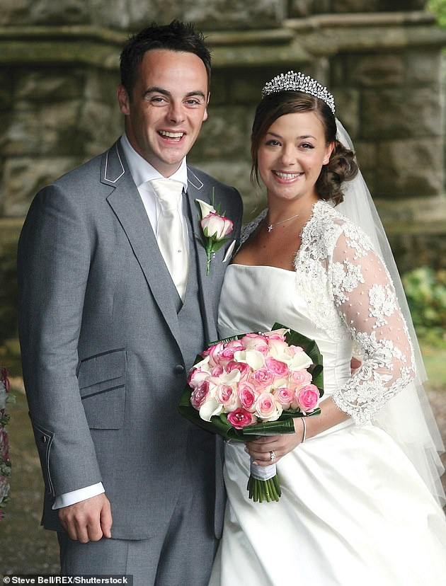 Exes: Ant's engagement news comes three years after he confirmed his split from Lisa, they are said to have finalised their divorce in April (pictured on their wedding day in 2006)
