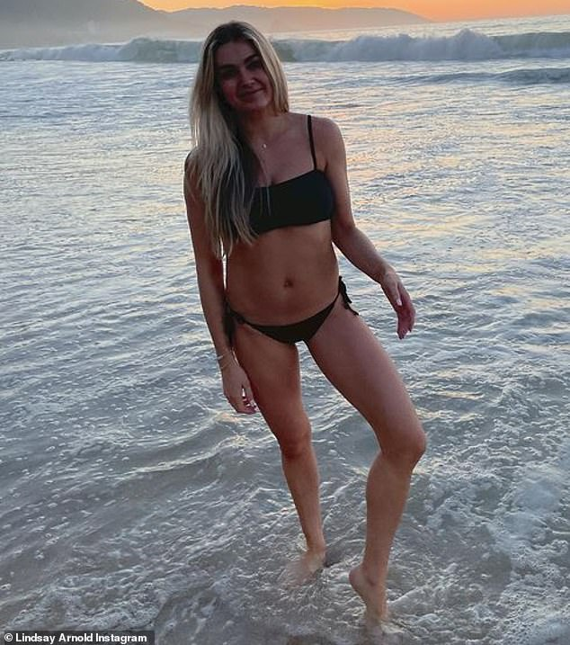 Lindsay Arnold shows off her bikini body… just two months after welcoming daughter Sage