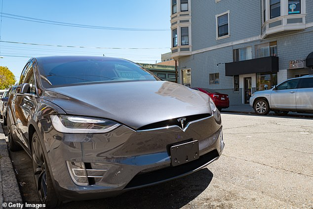 Tesla crashes caused by drivers mistaking accelerators for brakes, safety officials announce