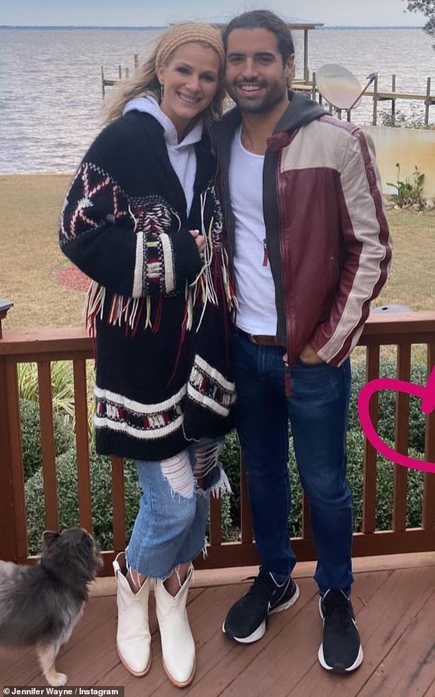 John Wayne's granddaughter Jennifer ties the knot withAustin Moody in western-themed beach wedding