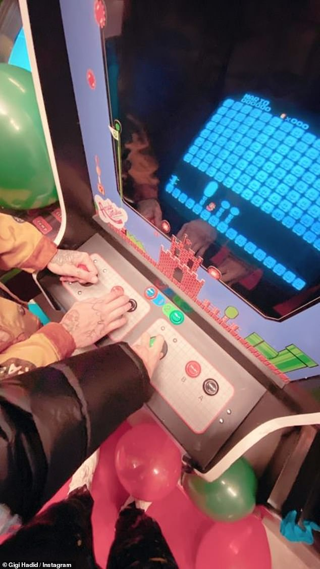 Let's do this: the couple tried their hand at Super Mario Brothers