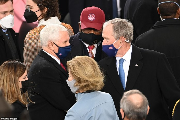 Pence addresses former President George W. Bush at inauguration ceremony