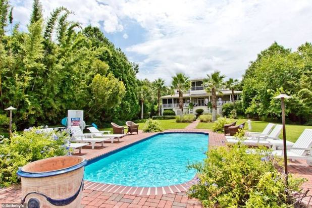 The property is now sold for $ 4.175 million, according to Peoples.  The property has a swimming pool that sits on brick with plenty of room for sunbathing and poolside recreation