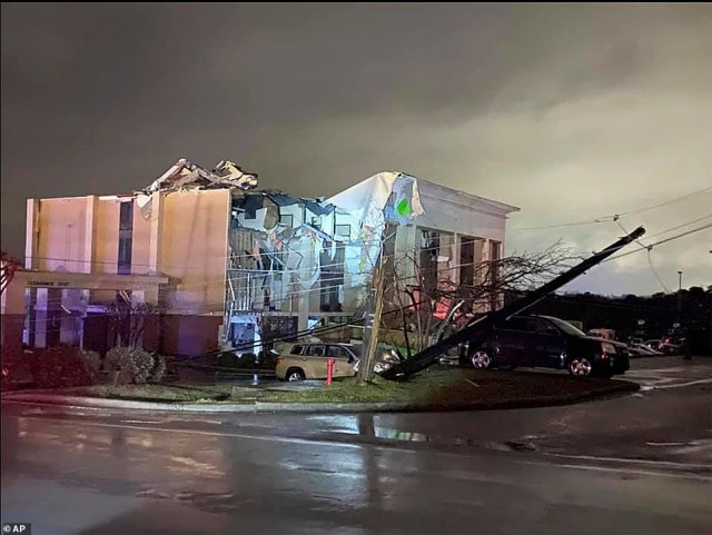 The Hampton Inn hotel was torn apart as guests took shelter under their bathroom sinks