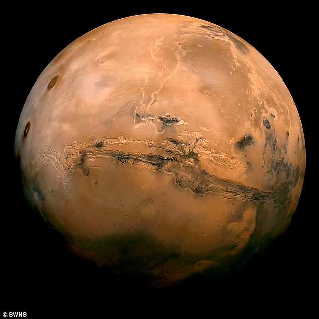 Geologists have discussed the odd behaviour of martian landslides since they were first identified nearly half a century ago