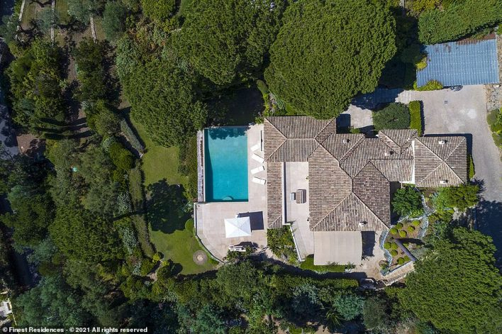 The villa was built in2002 but underwent a full renovation in 2014. It hassix bedrooms, six bathrooms and a heated outdoor swimming pool
