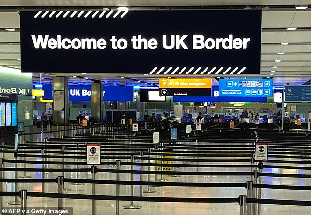 Academics at Oxford University¿s Migration Observatory conclude there is no reliable data on how many migrants arrived last year, how many emigrated, and what the impact on the overall population has been (file photo)