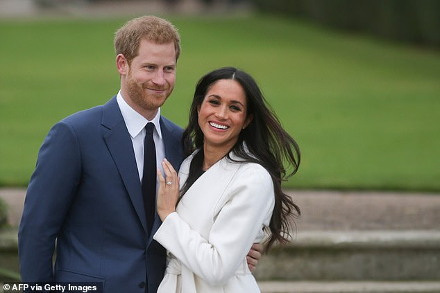 When it came to the Royal Wedding, Samantha Markle makes the claim that her father was given an ultimatum by Meghan: disown Samantha and her brother Tom Jr., or forgo an invite