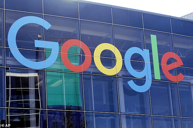 Google and Facebook are 'very close' to deals with major Australian media to pay for news, a top government official said Monday