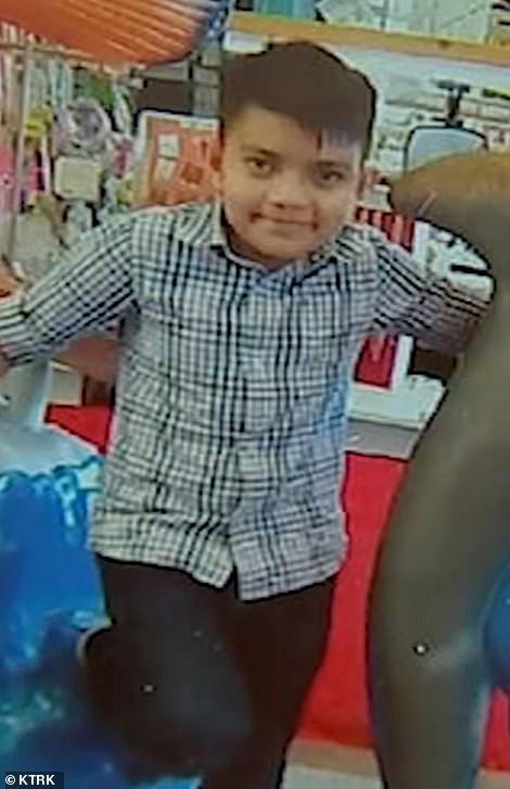 Cristian PavonPineda, 11,