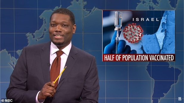 Michael Che is in hot water for a joke on Saturday Night Live considered anti-Semitic