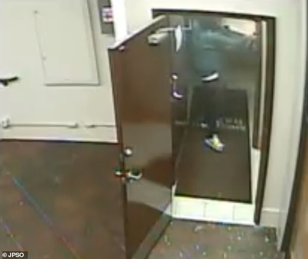 After the initial shooting, Williams ran to the back of the store and ran down a corridor in the search for more victims