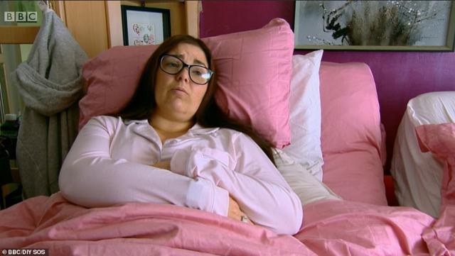 Mandy left viewers in tears after she described her struggles to be a present mother for her family, and said she felt completely confinded to her bedroom