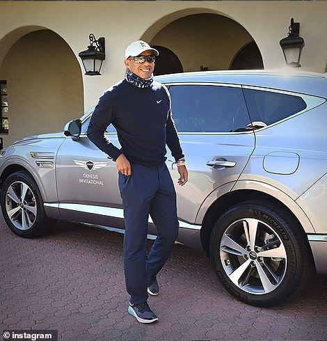 Woods was driving a Genesis GV80 that he'd been lent for the week