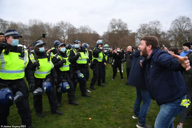 The thuggery in Hyde Park saw members of the public get up and leave, with parents hurriedly carrying their small children away from the clashes